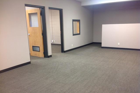 Commercial office space for lease in Polk County, Wisconsin, 3 rooms, move-in ready.