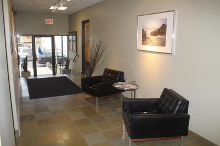 Inviting entry at Polk Business Center commercial office space leasing
