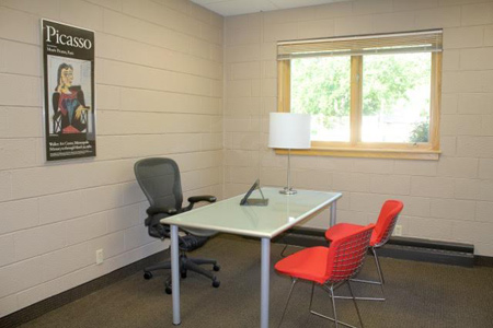 Office space for lease in Polk County, Wisconsin, 3 rooms, move-in ready.
